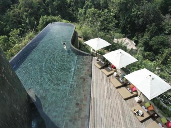 4-ubud-hanging-gardens