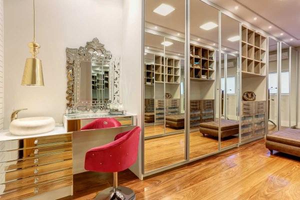closet-portas-espelhadas-bancada-maquiagem-penteadeira-moderno-decor-salteado-5