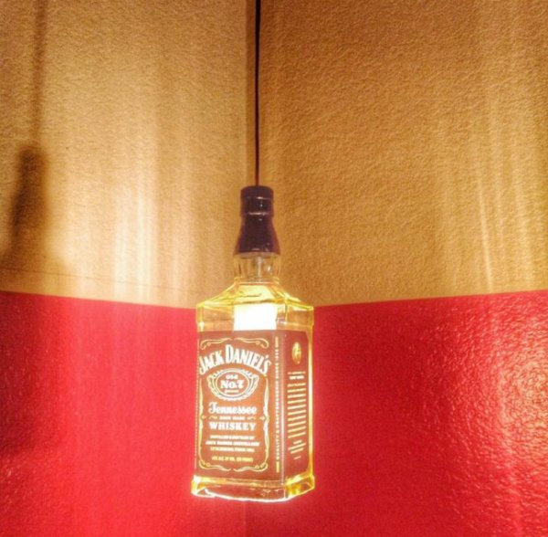 04-ideias-de-como-usar-garrafas-de-bebidas-na-decoracao